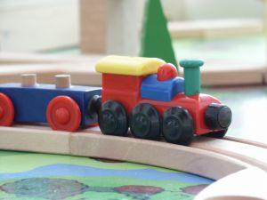 1023242_toy_train.jpg