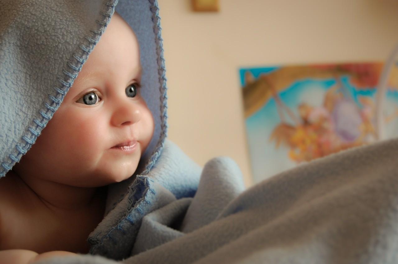 Singhiozzo neonati, quali possibili cause?