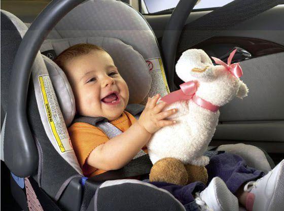Bimbi a bordo: viaggiare in auto in sicurezza!