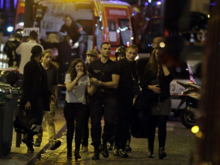Parigi 13 novembre, sotto attacco terroristico. | Noi Mamme 2