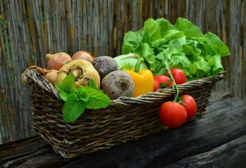 L'alimentazione migliore per le donne, dall'adolescenza alla menopausa. | Noi Mamme 4