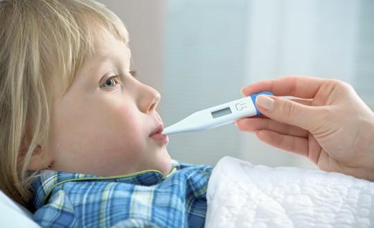Nonna preoccupata per nipotino che si ammala spesso: forse lo vestono troppo leggero? | Noi Mamme