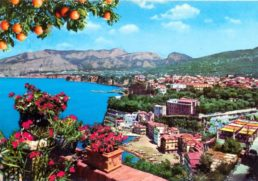 Postcards from Sunny Italy: quale Italia per i nostri figli? | Noi Mamme 1