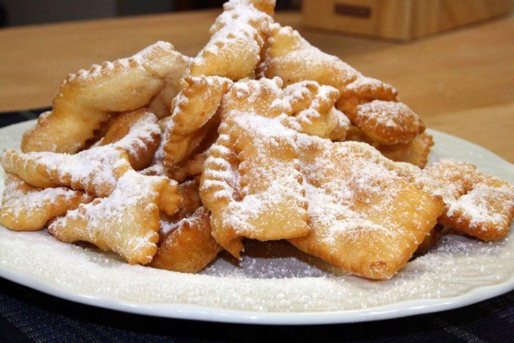 Carnevale: ecco le ricette passo passo per preparare  dei dolci deliziosi