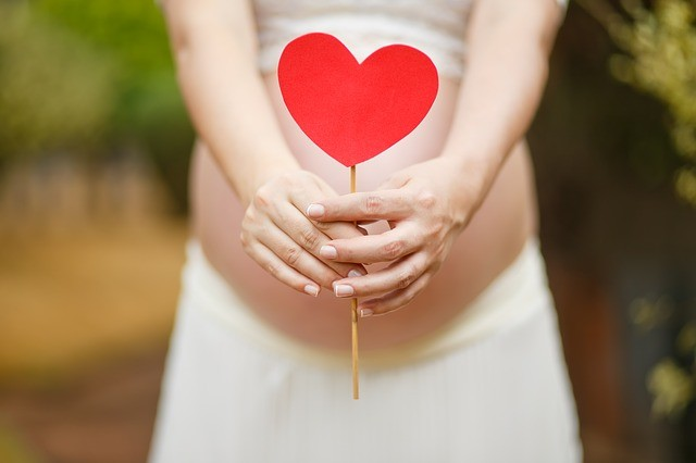 Bonus mamme 2017: 800 euro alle donne al settimo mese di gravidanza