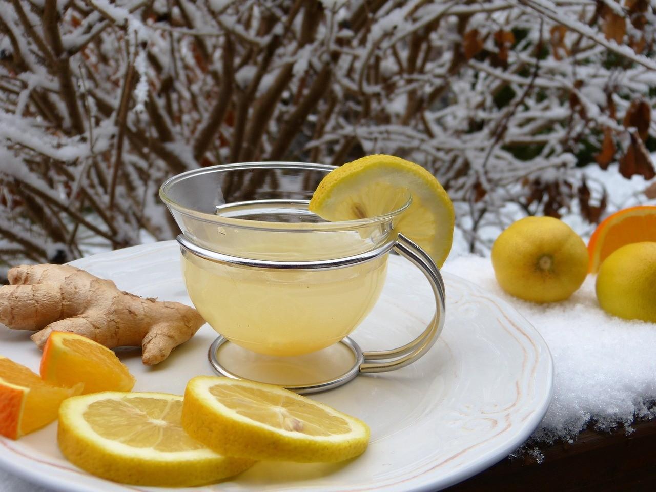 Stop a influenza e raffreddore, le 8 regole per difendersi a tavola