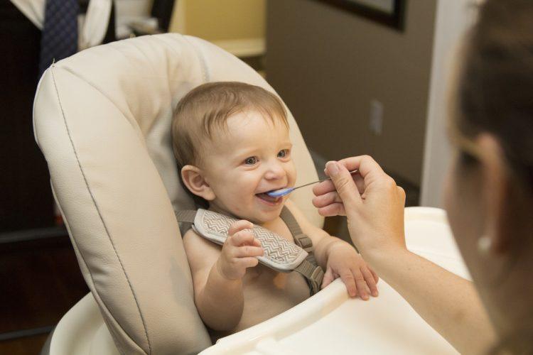 svezzamento del neonato