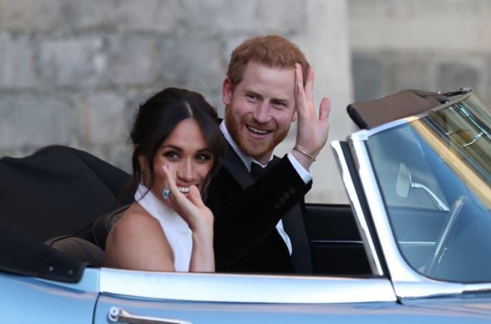 Meghan con anello Diana