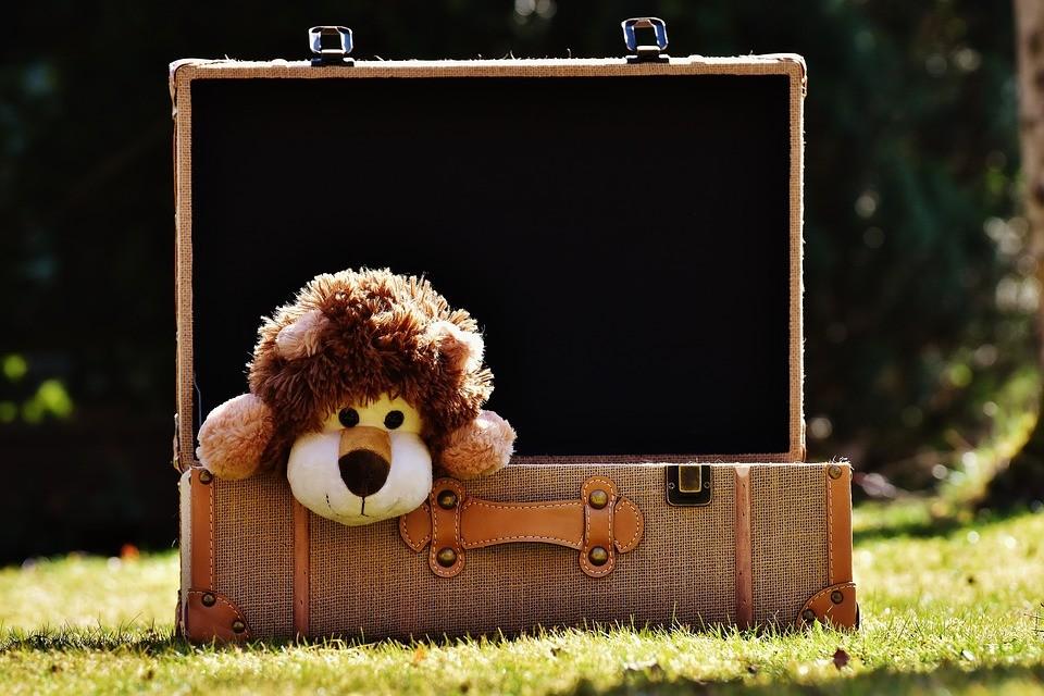 Il kit del neonato in viaggio: cosa portare in valigia