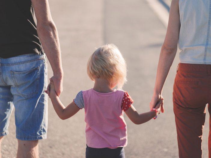 Essere genitori: si può insegnare a sbagliare, e a chiedere scusa   Noi Mamme 2