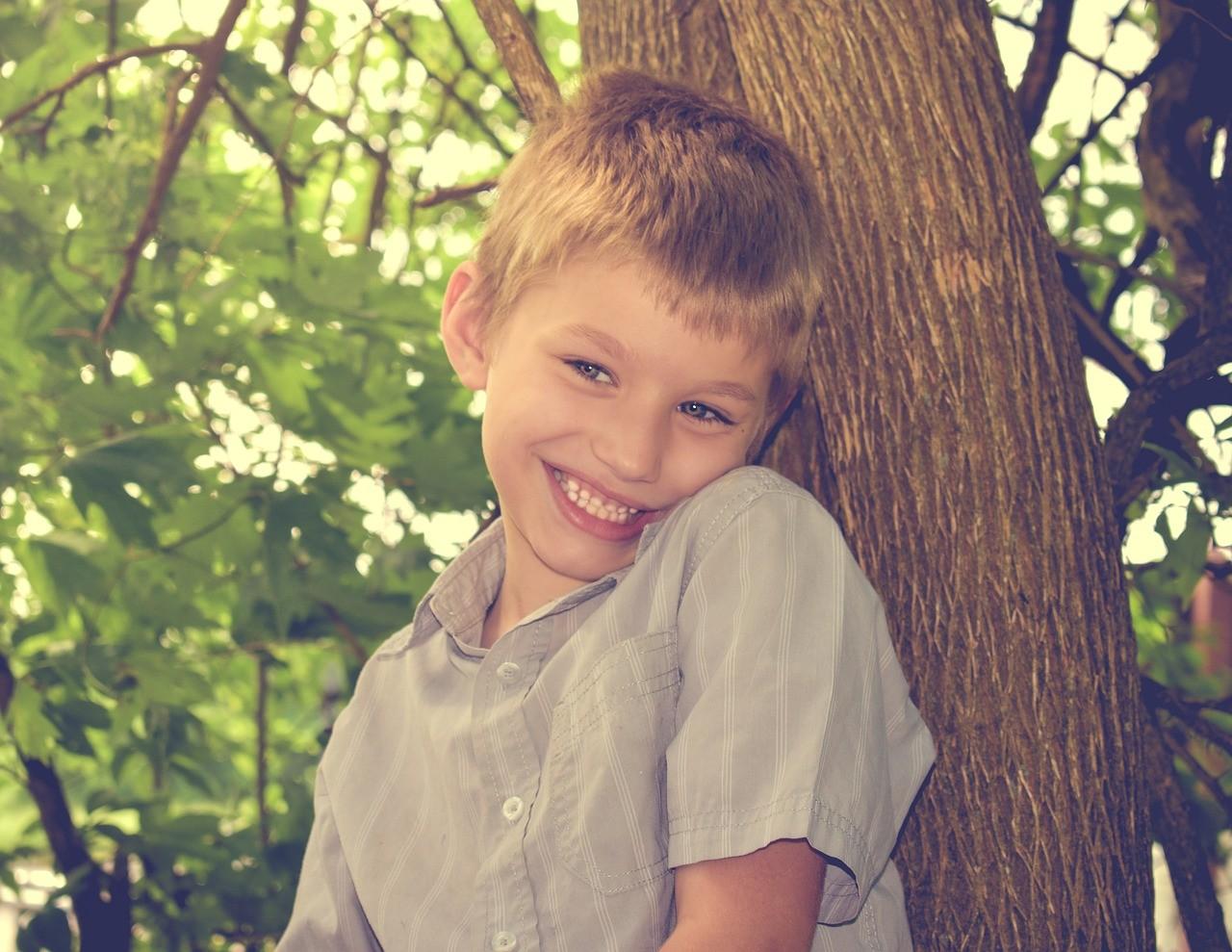 Autismo infantile: cos'è, quali sono le cause e come riconoscerlo