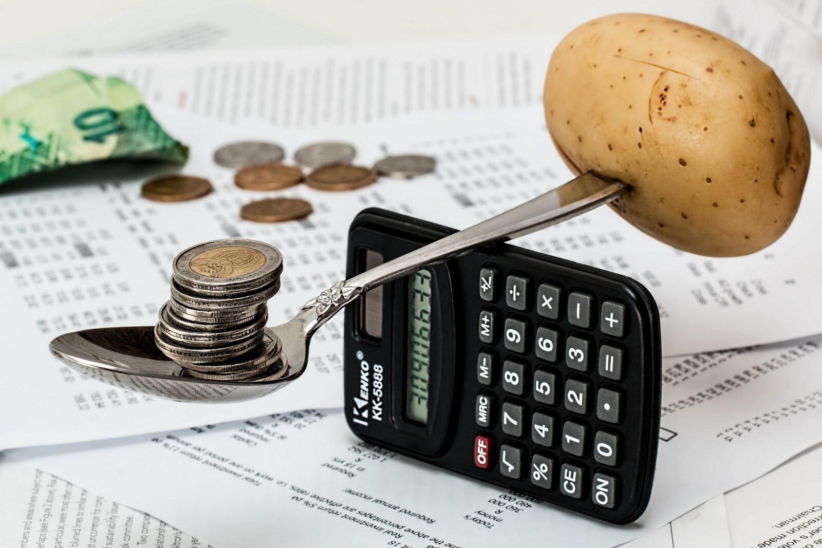 Risparmiare, che fatica! Alcuni consigli per tagliare i costi della spesa alimentare