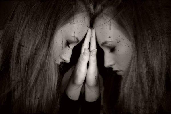 Sindrome di Hikikomori: cos'è, come riconoscerla e come affrontarla